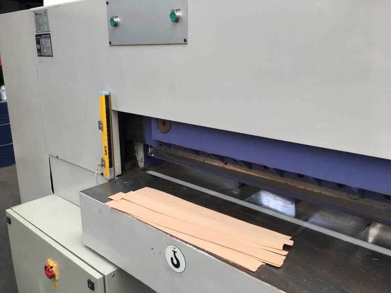 Fisher + Rückle Single Knife Veneer Guillotine - second-hand AFECO 2800 (2)