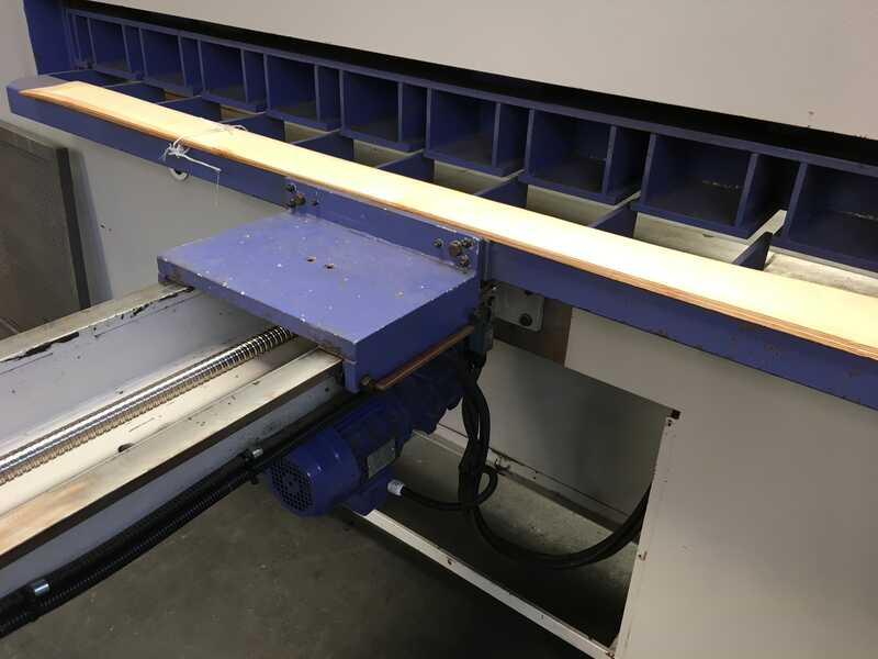 Fisher + Rückle Single Knife Veneer Guillotine - second-hand AFECO 2800 (6)