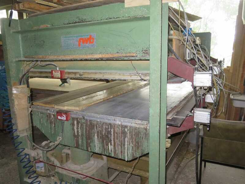 Ott Veneer Press for layers - second-hand main picture